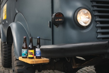 From left to right: Taras Boulba by Brasserie de la Senne, Baby Lone by the Brussels Beer Project, Curieuse Neus by En Stoemelings - photo courtesy of Brussels Beer Bus