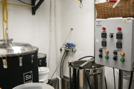 One-barrel brewing equipment
