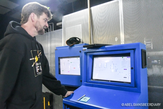Brewmaster Patrick Broderick showing me the brewing cycle on the Meura computer